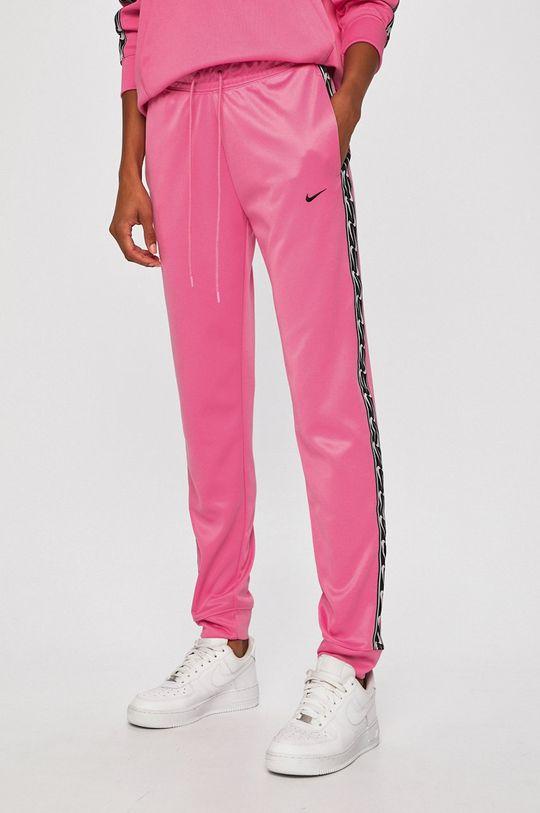 orchidejová Nike Sportswear - Kalhoty Dámský