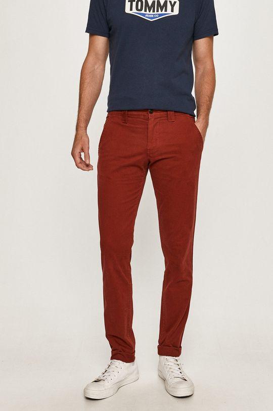 červená Tommy Jeans - Nohavice DM0DM06518 Pánsky
