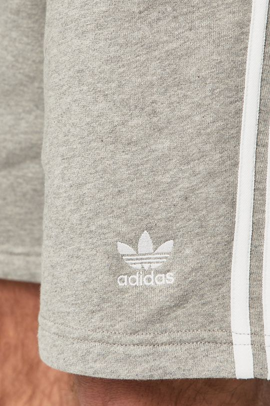 jasny szary adidas Originals - Szorty DH5803