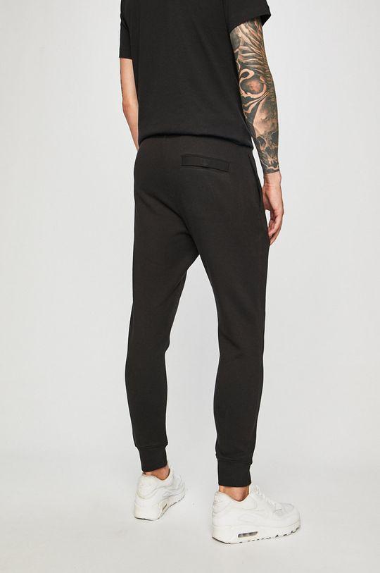 Nike Sportswear - Kalhoty  Hlavní materiál: 80% Bavlna, 20% Polyester Podšívka kapsy: 100% Bavlna