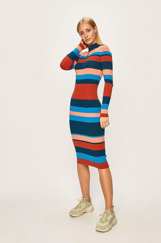 Noisy May - Šaty viacfarebná