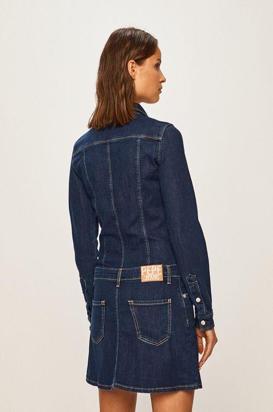 Pepe Jeans - Дънкова рокля Dakota x Dua Lipa  Основен материал: 99% Памук, 1% Еластан Подплата на джоба: 35% Памук, 65% Полиестер