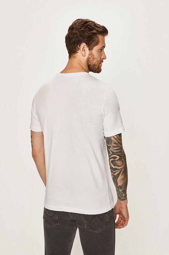 Mustang - Pánske tričko  Základná látka: 100% Bavlna