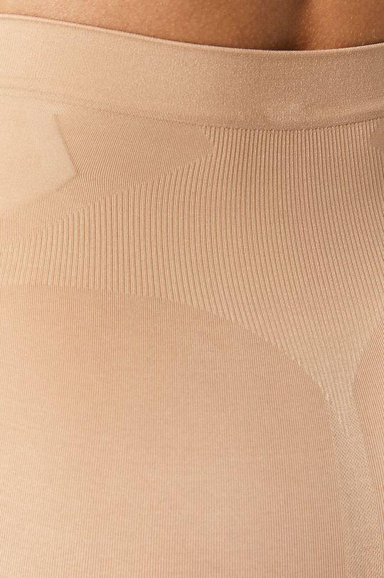 Spanx - Modelujúce šortky Oncore Mid-Thigh  19% Elastan, 81% Nylón