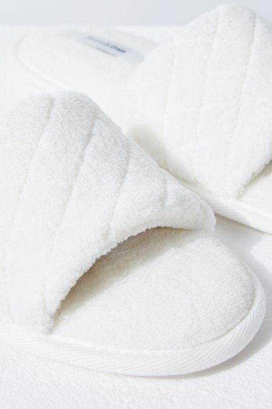 biały Etam - Kapcie Suite