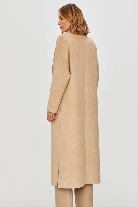 Patrizia Pepe - Kabát  Hlavní materiál: 45% Akryl, 30% Polyester, 20% Vlna, 5% Jiný materiál