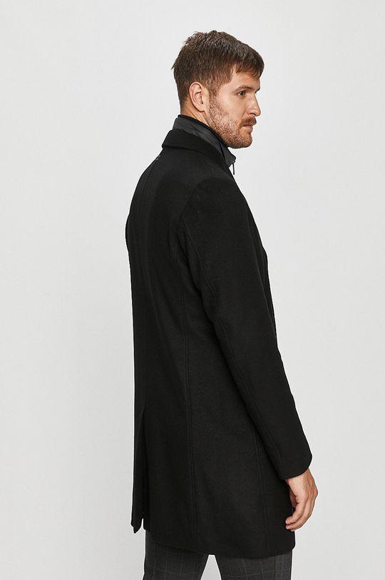 Strellson - Kabát  Hlavní materiál: 5% Kašmír, 20% Polyamid, 75% Vlna Jiné materiály: 100% Polyamid