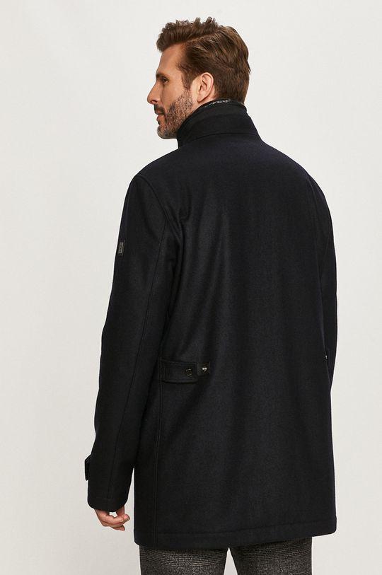 Strellson - Kabát  1. látka: 3% Polyamid, 22% Polyester, 70% Vlna, 5% Iná látka 2. látka: 100% Polyamid 3. látka: 88% Polyester, 12% Polypropylén