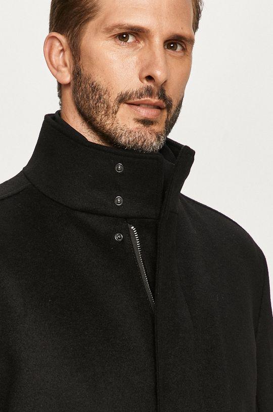 čierna Hugo - Kabát