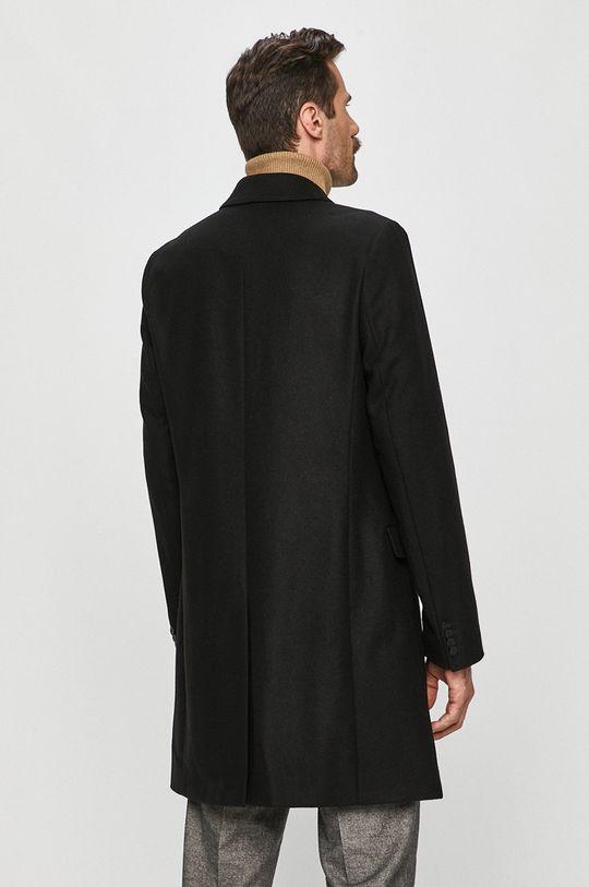 Hugo - Kabát  1. látka: 20% Polyamid, 80% Panenská vlna 2. látka: 100% Viskóza