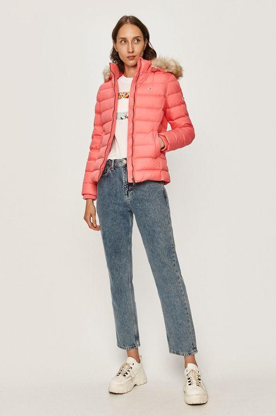 Tommy Jeans - Péřová bunda růžová