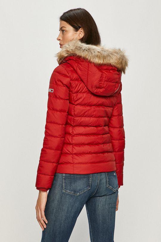 Tommy Jeans - Páperová bunda  Výplň: 30% Páperie, 70% Páperie Základná látka: 100% Polyester Kožušina: 58% Akryl, 42% Modacryl Podšívka: 100% Polyester Elastická manžeta: 2% Elastan, 98% Polyester