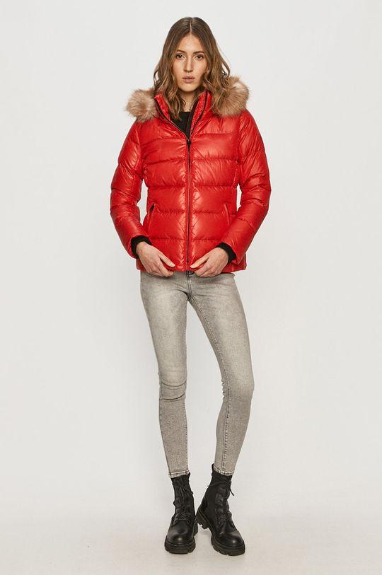Calvin Klein - Péřová bunda červená