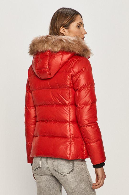 Calvin Klein - Péřová bunda  Podšívka: 100% Polyester Výplň: 35% Peří, 65% Chmýří Hlavní materiál: 100% Polyester Umělá kožešina: 57% Akryl, 43% Modacryl Stahovák: 77% Akryl, 1% Elastan, 12% Polyester, 10% Vlna