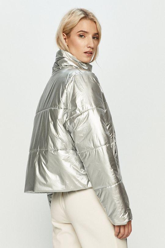 Reebok - Bunda  Výplň: 100% Polyester Hlavní materiál: 100% Nylon