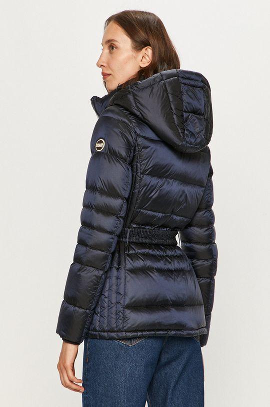 Colmar - Páperová bunda  Výplň: 10% Páperie, 90% Páperie 1. látka: 100% Polyamid 2. látka: 5% Elastan, 8% Polyamid, 87% Polyester