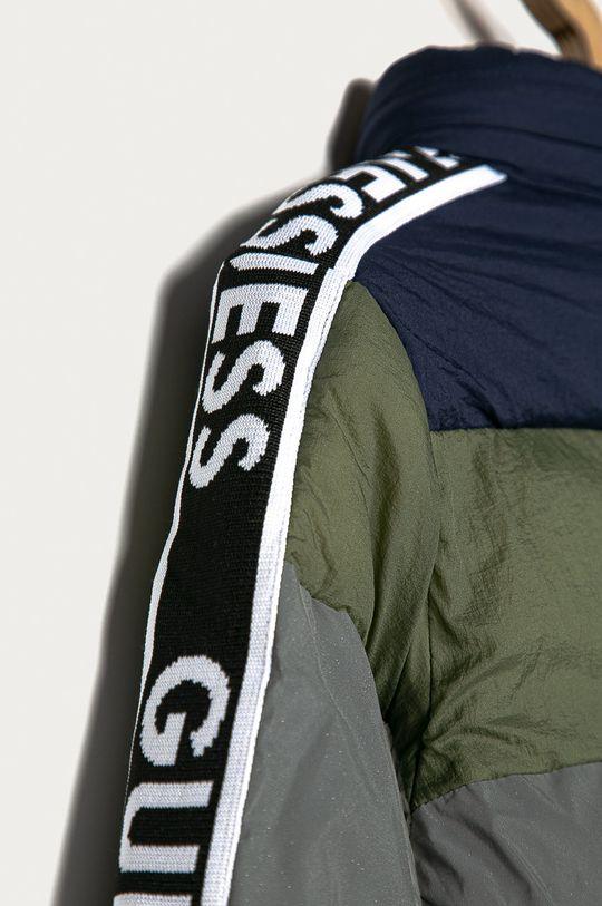 Guess Jeans - Kurtka dziecięca 116-175 cm Materiał 1: 100 % Poliamid, Materiał 2: 100 % Poliester