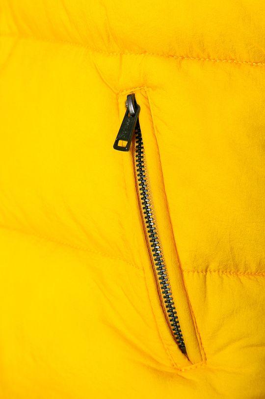 Guess Jeans - Geaca copii 116-175 cm  Captuseala: 100% Poliester  Umplutura: 100% Poliester  Materialul de baza: 100% Poliamida