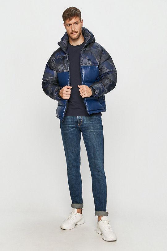 adidas Originals - Péřová bunda  Podšívka: 100% Polyester Výplň: 20% Peří, 80% Kachní chmýří Hlavní materiál: 100% Polyester