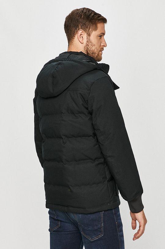 Converse - Péřová bunda  Podšívka: 100% Polyester Výplň: 25% Peří, 75% Kachní chmýří Hlavní materiál: 100% Polyester