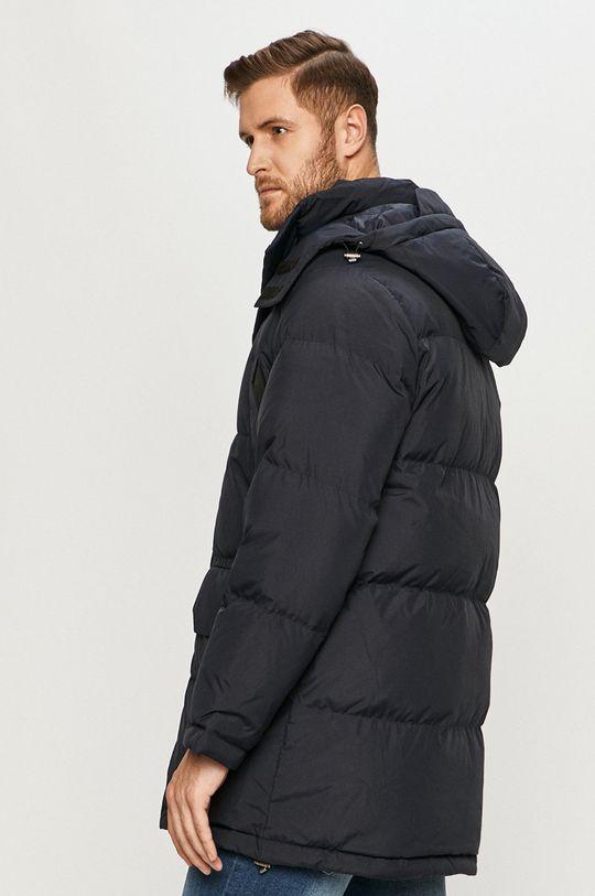 Lacoste - Páperová bunda  Podšívka: 100% Polyester Výplň: 20% Páperie, 80% Páperie Základná látka: 100% Polyester