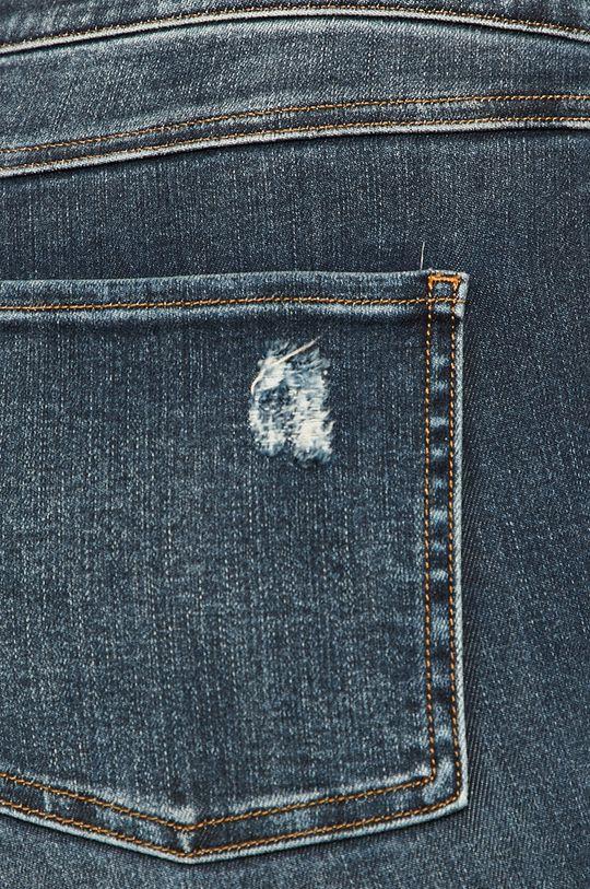 Spanx - Legíny  Základná látka: 77% Bavlna, 3% Elastan, 12% Lyocell, 8% Polyester Podšívka vrecka: 57% Elastan, 43% Nylón