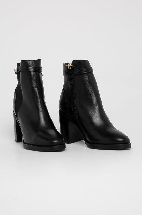 Tommy Hilfiger - Kožené kotníkové boty černá