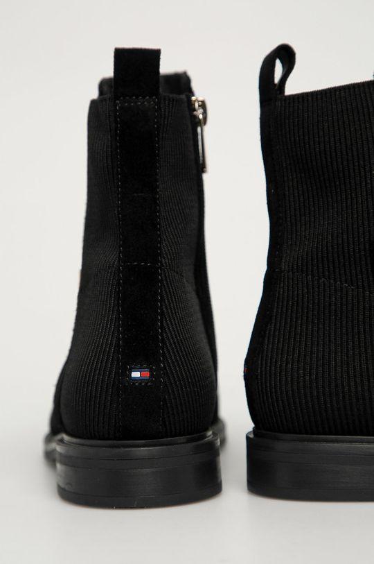 Tommy Hilfiger - Semišové topánky Chelsea  Zvršok: Textil, Semišová koža Vnútro: Textil, Prírodná koža Podrážka: Syntetická látka