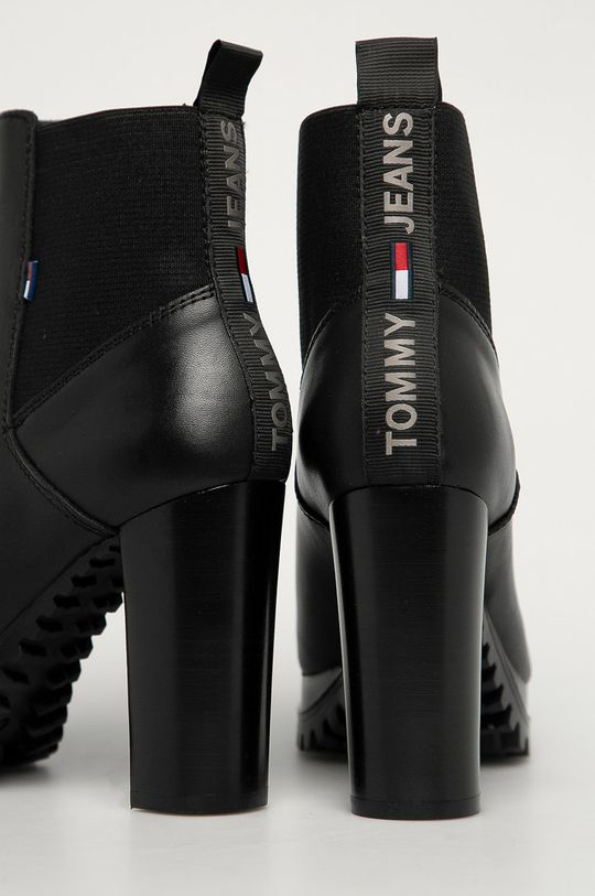 Tommy Jeans - Cizme de piele  Gamba: Piele naturala Interiorul: Material textil, Piele naturala Talpa: Material sintetic