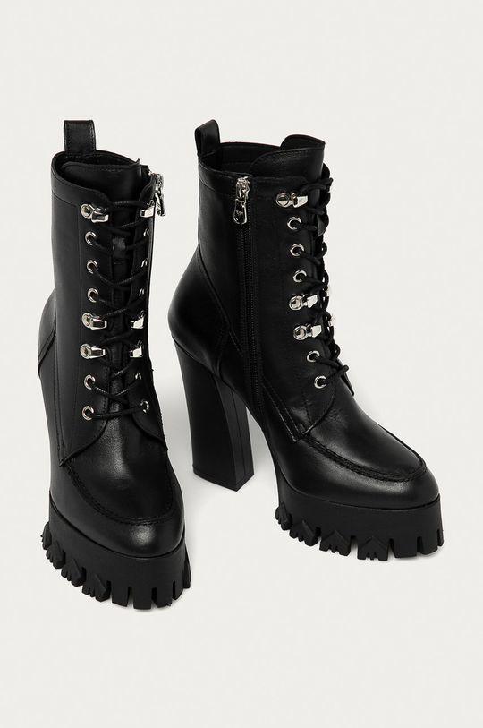 Patrizia Pepe - Kožené členkové topánky čierna