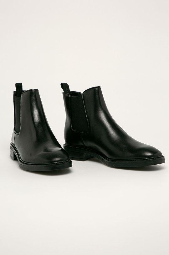 Calvin Klein - Kožené topánky Chelsea čierna