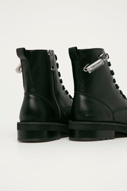 Calvin Klein Jeans - Workery skórzane Cholewka: Skóra naturalna, Wnętrze: Skóra naturalna, Podeszwa: Materiał syntetyczny
