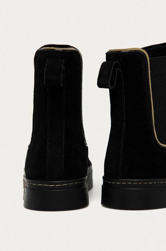 Emporio Armani - Semišové kotníkové boty  Svršek: Umělá hmota, Textilní materiál, Semišová kůže Vnitřek: Umělá hmota, Textilní materiál Podrážka: Umělá hmota
