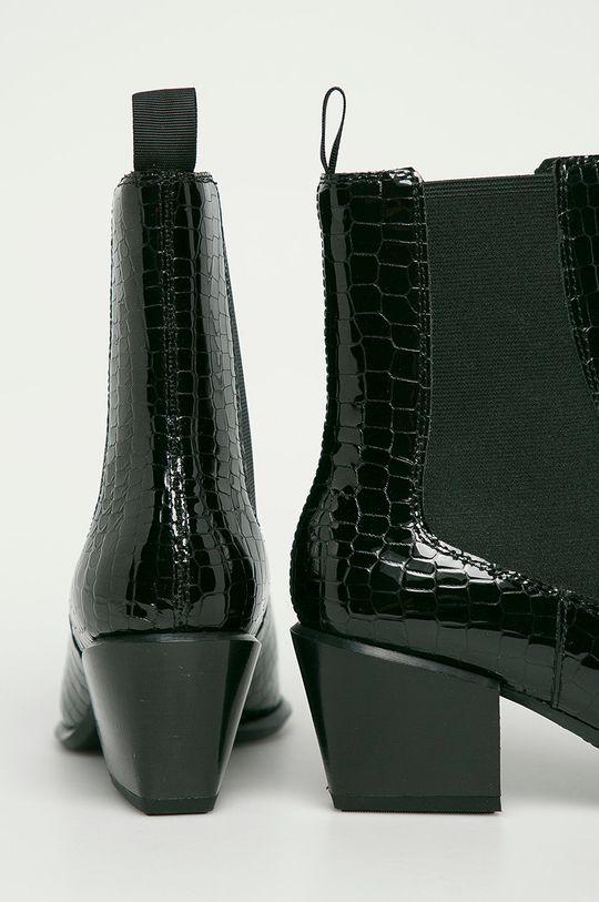 Vagabond - Kožené kotníkové boty Betsy  Svršek: Přírodní kůže Vnitřek: Textilní materiál, Přírodní kůže