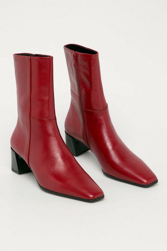 Vagabond - Kožené členkové topánky Gabi červená
