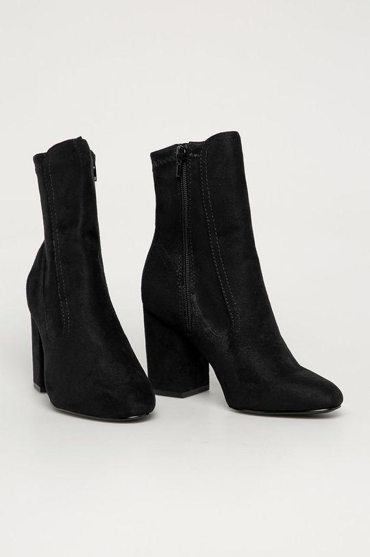 Steve Madden - Členkové topánky Rheta čierna
