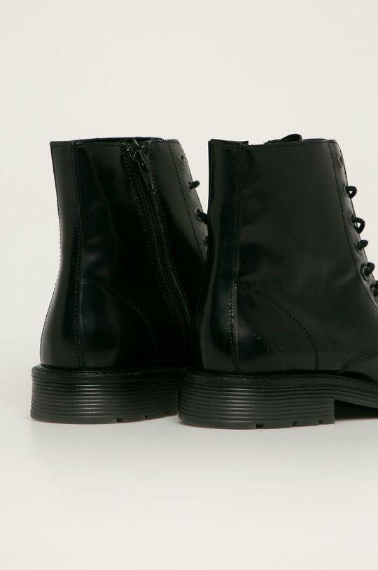 Mustang - Kožené kotníkové boty  Svršek: Přírodní kůže Vnitřek: Textilní materiál, Přírodní kůže Podrážka: Umělá hmota