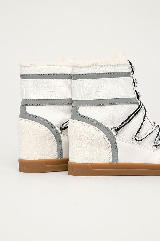 Calvin Klein - Nízké kozačky  Svršek: Umělá hmota, Textilní materiál, Přírodní kůže Vnitřek: Umělá hmota, Textilní materiál Podrážka: Umělá hmota