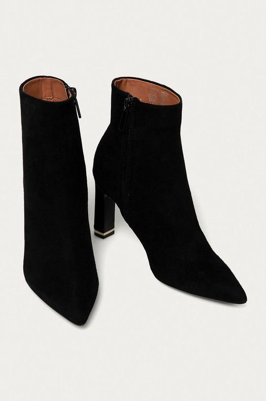 Calvin Klein - Botki zamszowe czarny