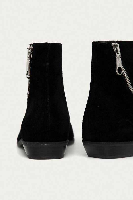 Calvin Klein Jeans - Botki zamszowe Cholewka: Skóra naturalna, Wnętrze: Materiał syntetyczny, Skóra naturalna, Podeszwa: Materiał syntetyczny
