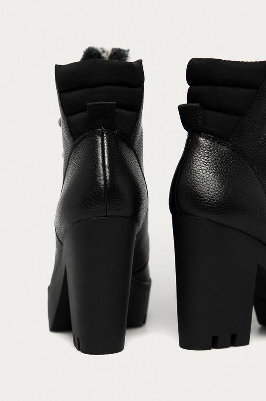 Calvin Klein Jeans - Kožené kotníkové boty  Svršek: Přírodní kůže Vnitřek: Textilní materiál, Přírodní kůže Podrážka: Umělá hmota