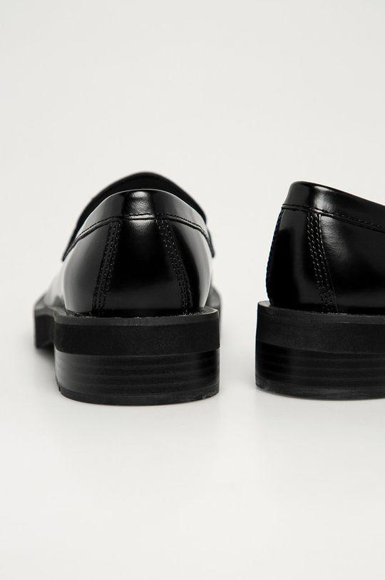 Calvin Klein Jeans - Mokasyny skórzane Cholewka: Skóra naturalna, Wnętrze: Materiał syntetyczny, Podeszwa: Materiał syntetyczny