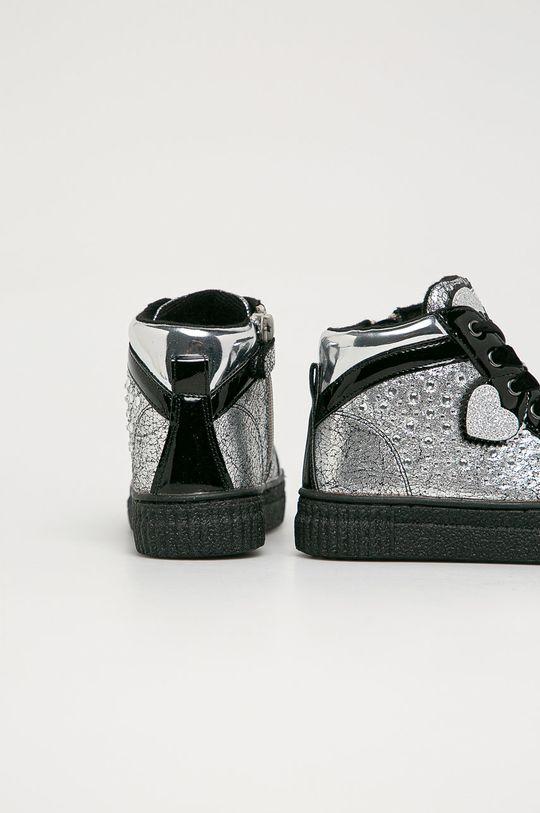Primigi - Детские ботинки  Голенище: Синтетический материал, Текстильный материал Внутренняя часть: Текстильный материал, Натуральная кожа Подошва: Синтетический материал