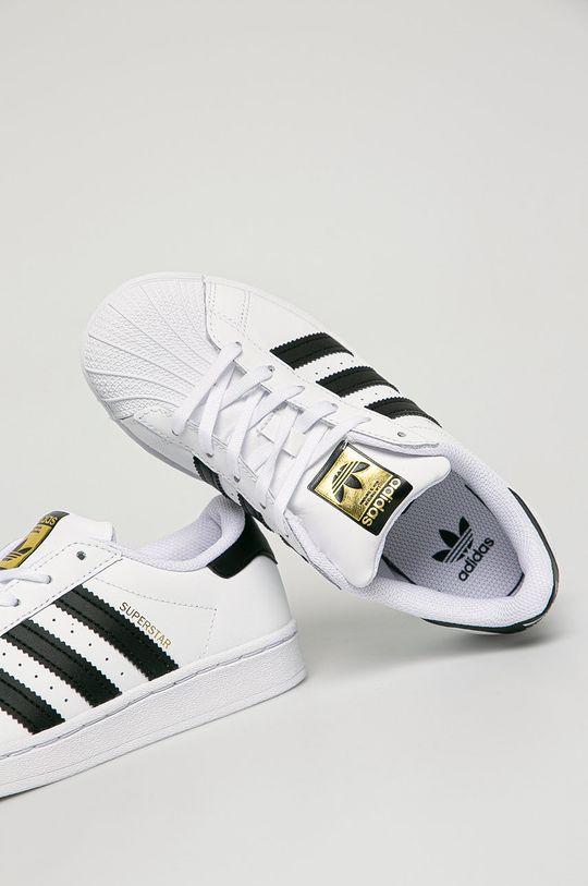 adidas Originals - Dětské kožené boty Superstar  Svršek: Umělá hmota, Přírodní kůže Vnitřek: Textilní materiál Podrážka: Umělá hmota