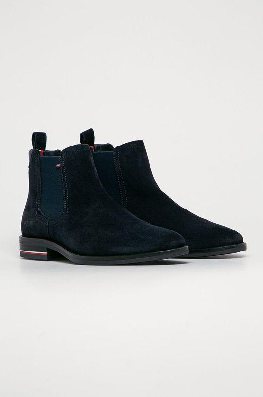 Tommy Hilfiger - Semišové topánky Chelsea tmavomodrá
