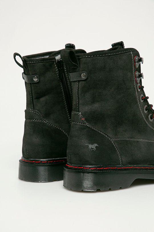 Mustang - Kotníkové boty  Svršek: Umělá hmota Vnitřek: Textilní materiál Podrážka: Umělá hmota