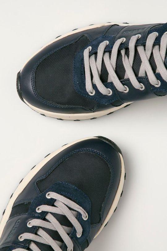 Guess Jeans - Topánky  Zvršok: Syntetická látka, Prírodná koža Vnútro: Syntetická látka, Textil Podrážka: Syntetická látka