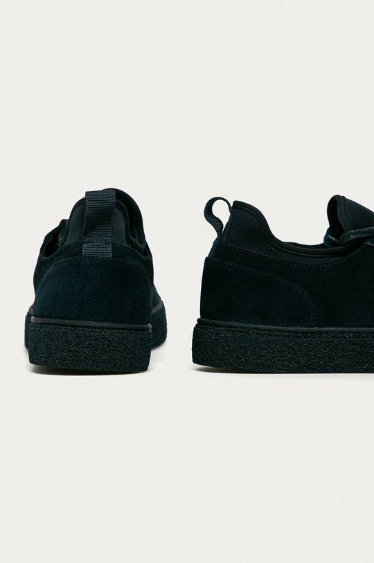 Calvin Klein - Semišové boty  Svršek: Textilní materiál, Semišová kůže Vnitřek: Umělá hmota, Textilní materiál Podrážka: Umělá hmota