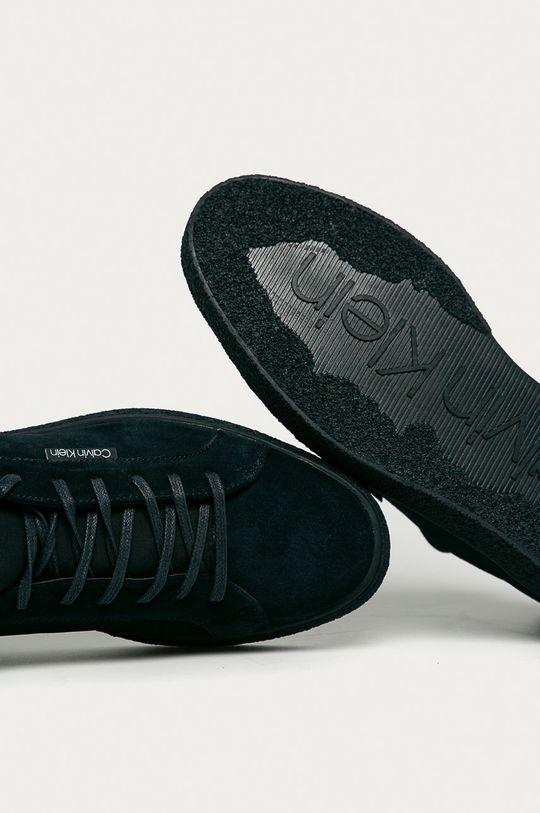 námořnická modř Calvin Klein - Semišové boty