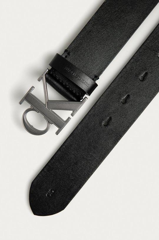 Calvin Klein Jeans - Kožený opasok čierna